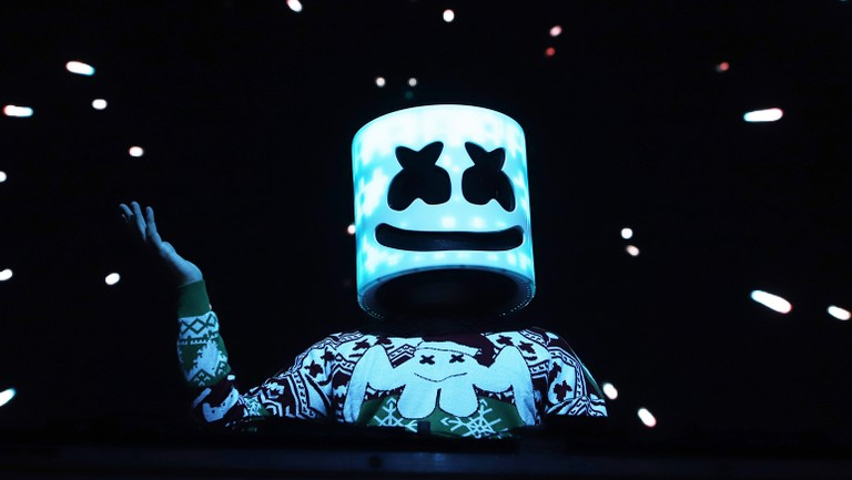 Marshmello's mom forgot what her son looks like