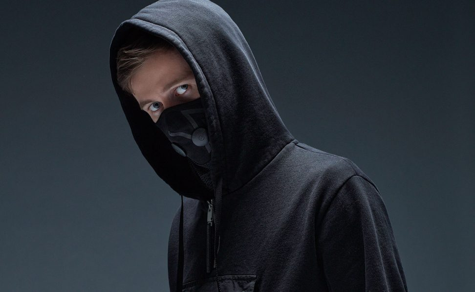 Alan Walker always had his mask in case of a pandemic